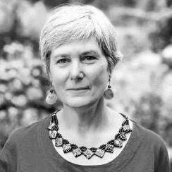 Dr Teresa Belton
