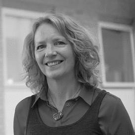 Dr Valerie Stead