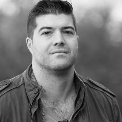 Dylan MacKay Headshot