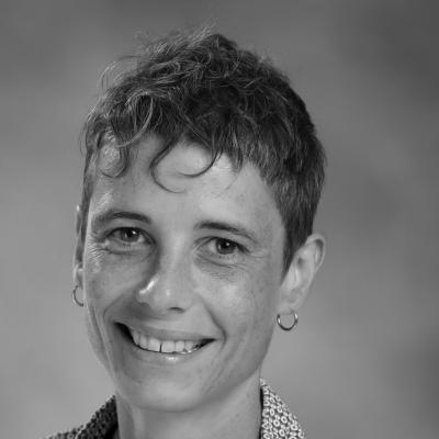 Elaine Craig Headshot