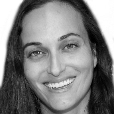 Elana Miller, MD Headshot