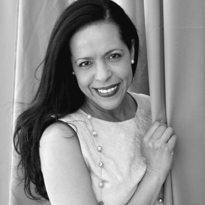 Elianne Ramos Headshot