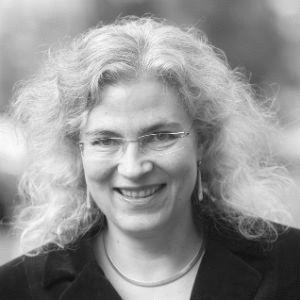 Dr. Elisa Klapheck Headshot