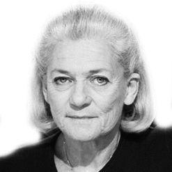 Élisabeth Badinter Headshot