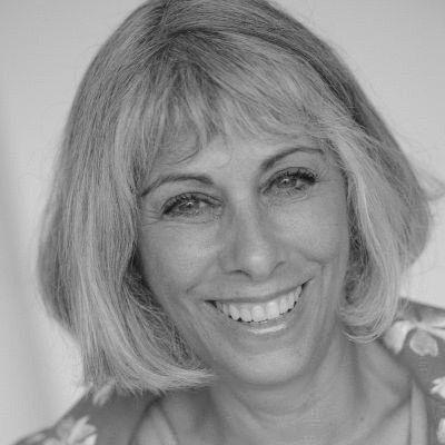 Ellen Freudenheim Headshot
