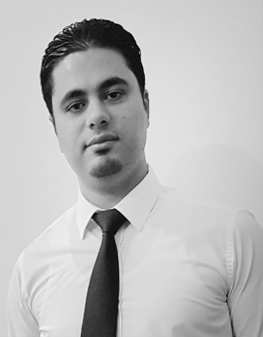 عماد عبد اللطيف المدولي Headshot