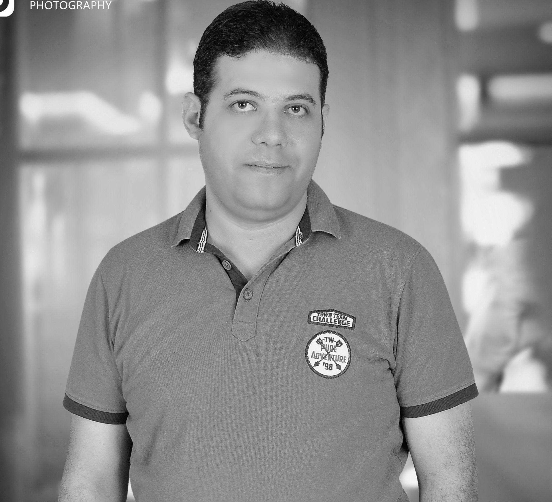 عماد علي عبد الحافظ Headshot