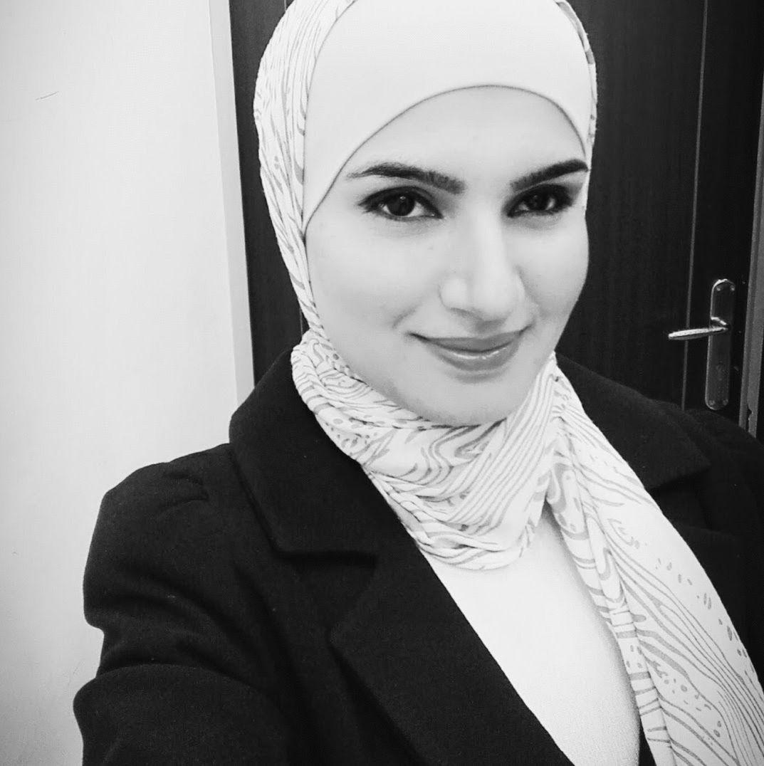 إيمان محمود الزويري  Headshot