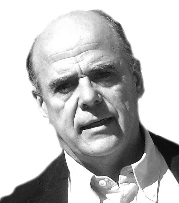 Emilio de la Peña Headshot