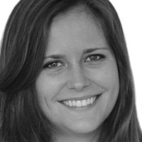 Emma Joslyn Headshot