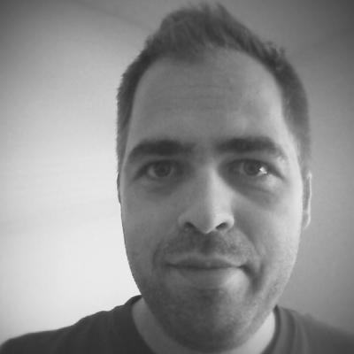 Eric Ritskes Headshot