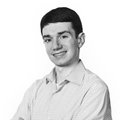 Ethan Klapper Headshot