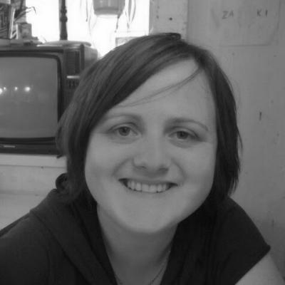 Eva Grzybek Headshot