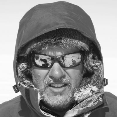 Expedición Larramendi Headshot