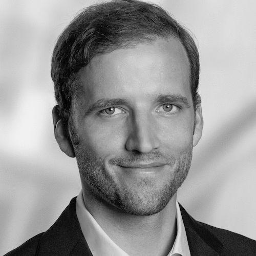Fabian Kienbaum Headshot