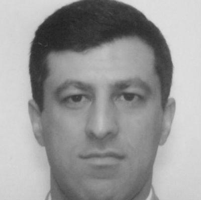 Farhad Salmanian Headshot