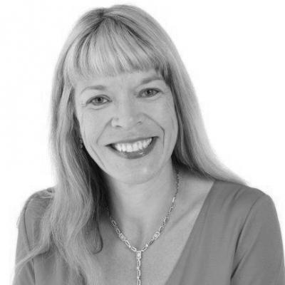 Fiona Hotston Moore