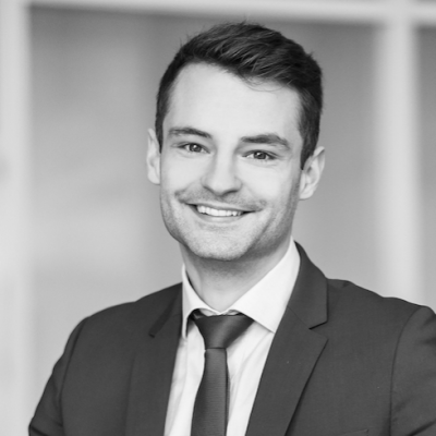 Florian Silnicki Headshot