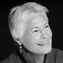 Gail Straub Headshot