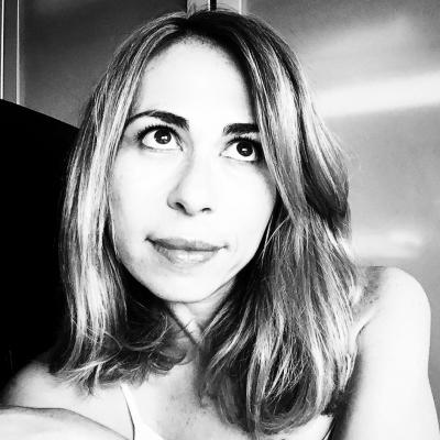 Galina Nemirovsky Headshot