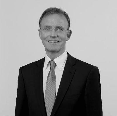 Dr. Gerd Landsberg Headshot
