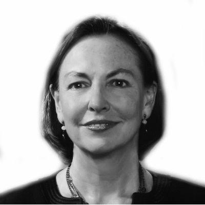 Gloria Cordes Larson Headshot