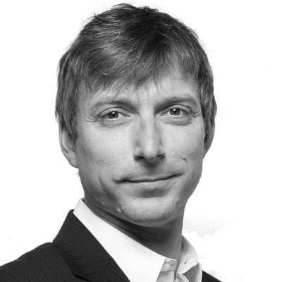 Gordon Müller-Eschenbach Headshot