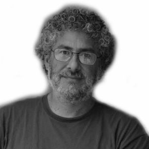 Gustavo Castro Soto Headshot