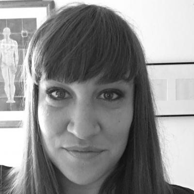 Hannah Peaker Headshot