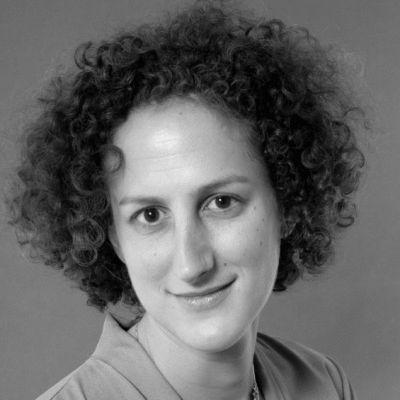 Hannah Weisfeld Headshot