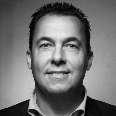 Hannes Schleeh Headshot