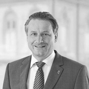 Dr. Hans-Ulrich Rülke Headshot