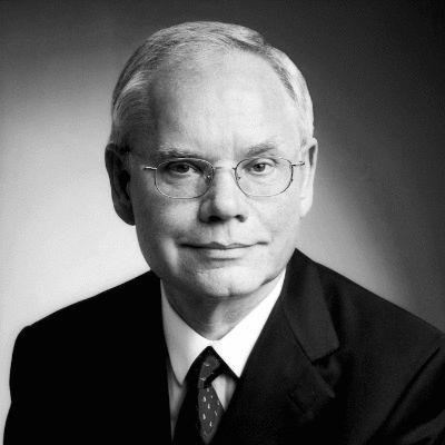Prof. Dr. Hartmut Pohl Headshot