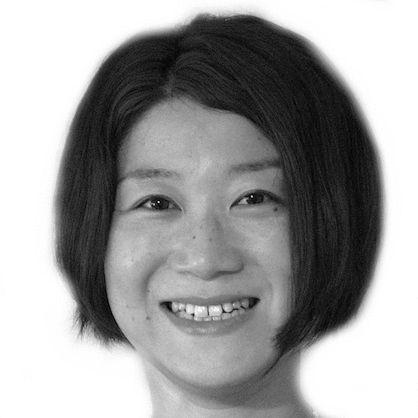宮﨑晴美 Headshot