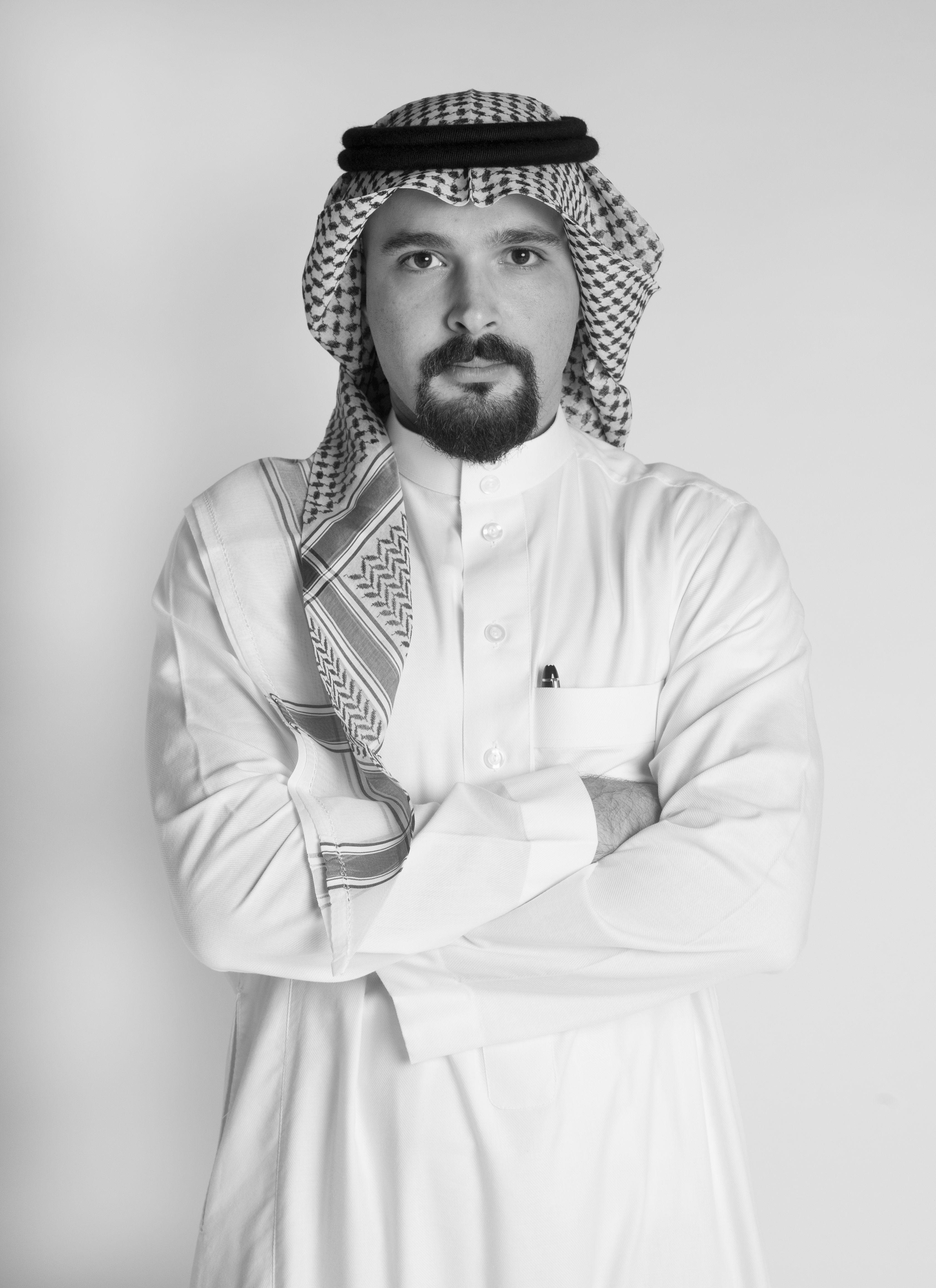 هتان الغلاييني Headshot
