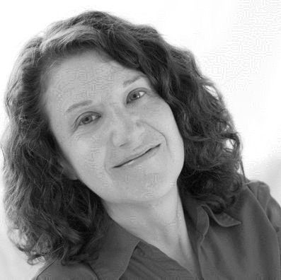 Helen Eisenbach Headshot