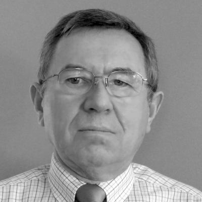 Henryk A. Kowalczyk Headshot