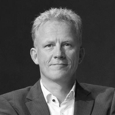 Holger Lietz Headshot
