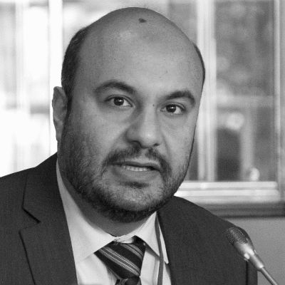 حسام شاكر Headshot