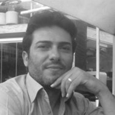حسام أبو حامد Headshot