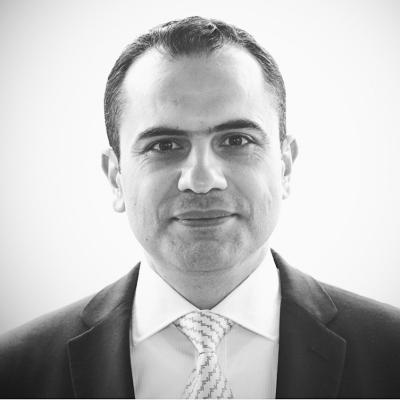 حسين يونس Headshot