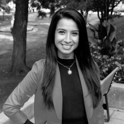 Ida Mahmoudi Headshot