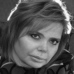 Ileana Argentin Headshot