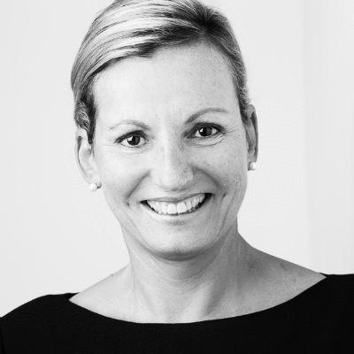 Irina Kummert Headshot