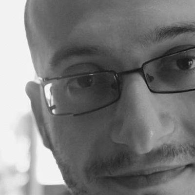 إسماعيل سمحان  Headshot