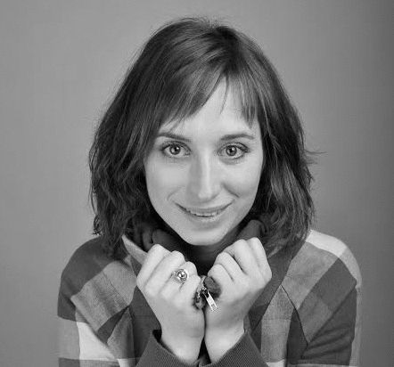 Isy Suttie Headshot
