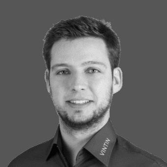 Jakob Rinkewitz Headshot