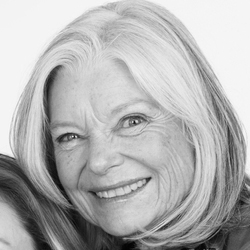 Jane MacLennan Headshot
