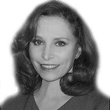 Janet Tavakoli Headshot