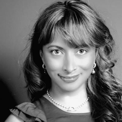 Jasmine Dotiwala Headshot
